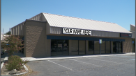 Oak Street Village offers office and retail suites in a high visibility and central location